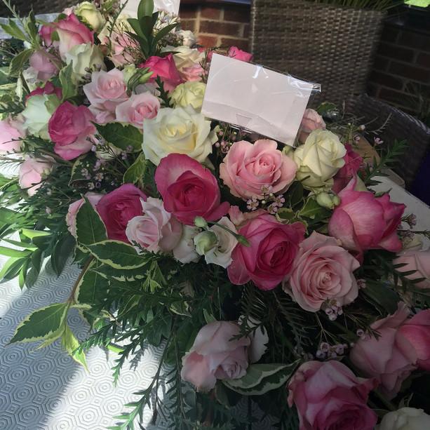 Full Spray Large Roses