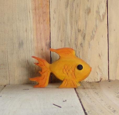 GoldfishFancyTail1.jpg