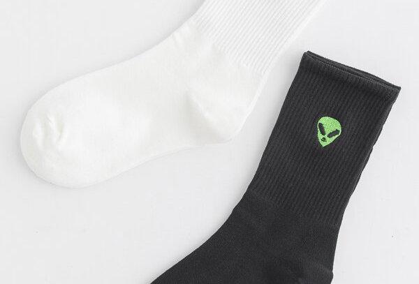 """UFO"" Embroidery Socks (2pairs)"