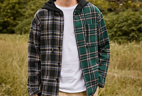 """CONTRAST"" Hooded Flannel"