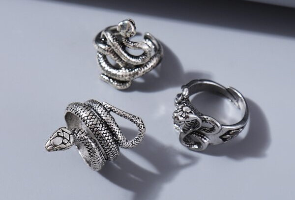 """SERPENTINE"" 3pcs Rings"