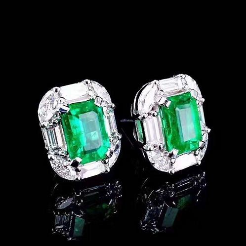 Emerald de IronLady Earrings
