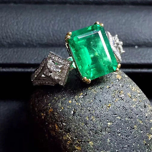 Square Emerald Ring de IronLady