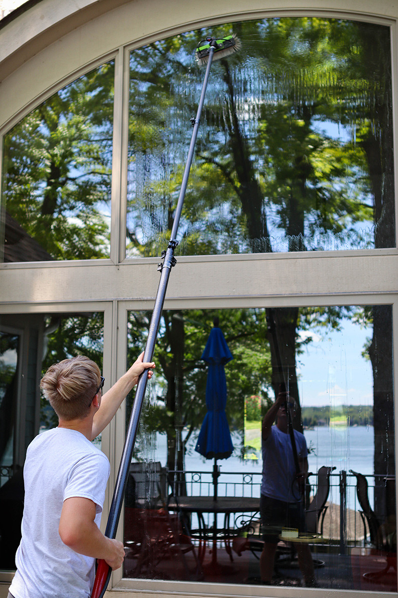 Window washer using pure water system