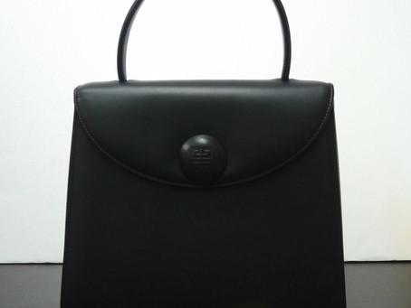 須磨のK様から昔のジバンシーの鞄を買い取り|須磨区・垂水区で売るならE-brand(いーぶらんど)へ