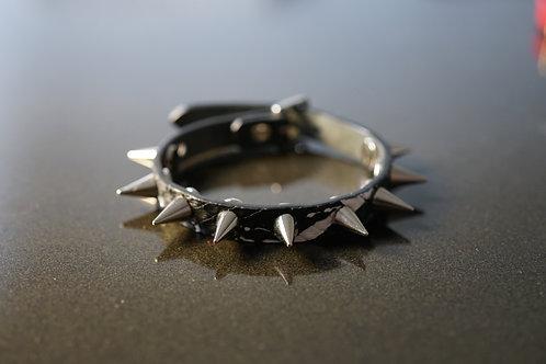 1cm wide spiked bracelet