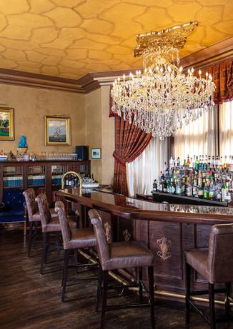 Detroit Club- The Library Bar