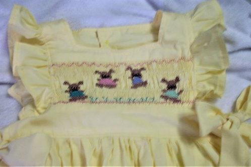 Girls Yellow Pinafore featuring bunnies, size 6