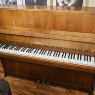 Petrof Pianino Mod. 116 cm