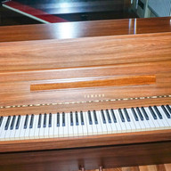 Yamaha Pianino Mod. 108