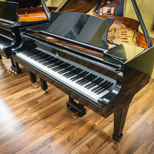 Steinway & Sons Mod. S