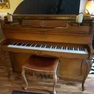 Chippendale Schimmel Pianino