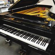 Yamaha Konzertflügel Mod. CF
