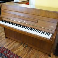 Yamaha Pianino Mod. 105