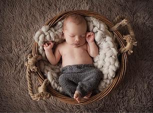 Neugeborenes fotoshooting Babyfotograf
