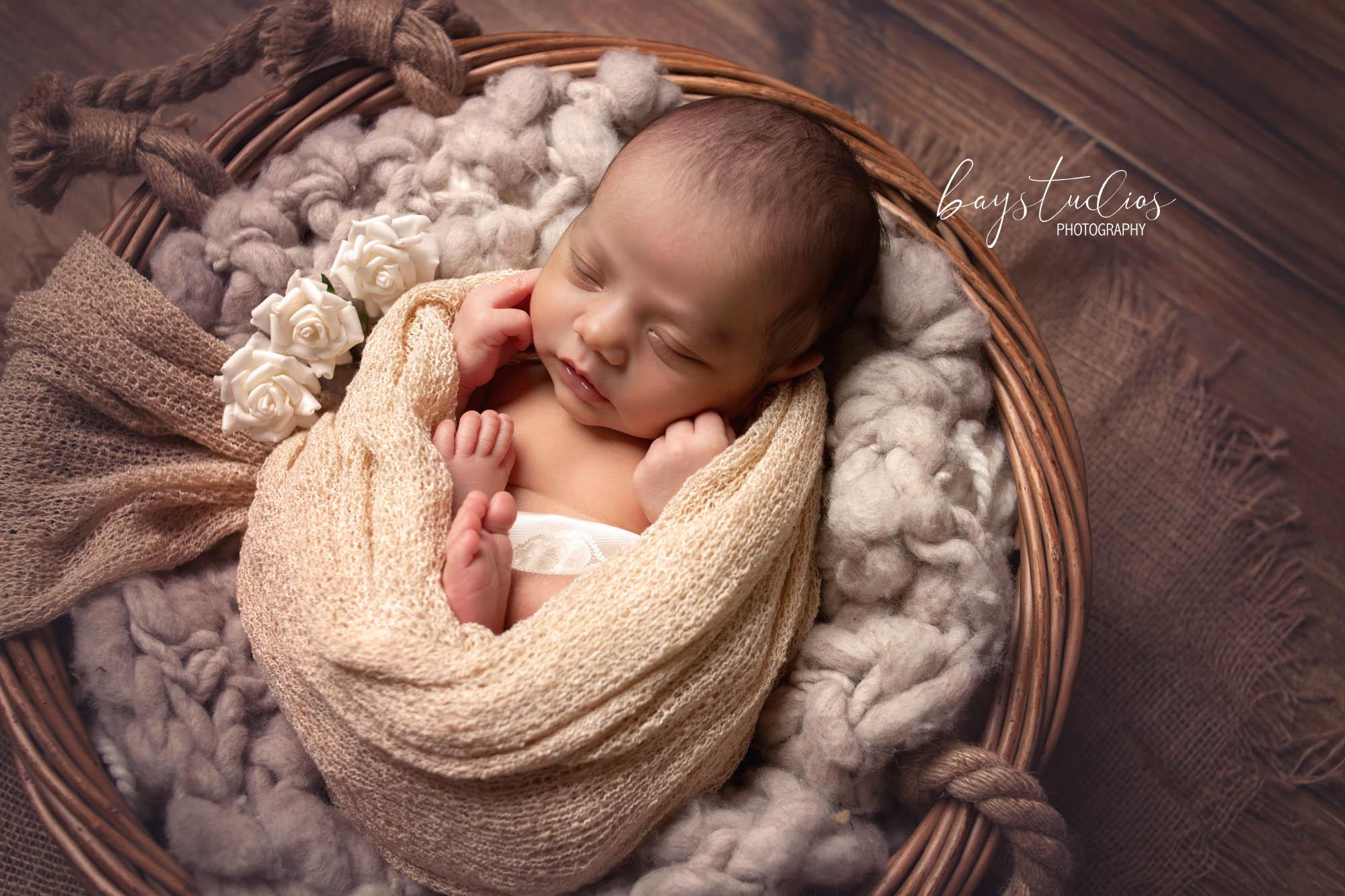 neugeboreneshooting-neugeborenefotograf-