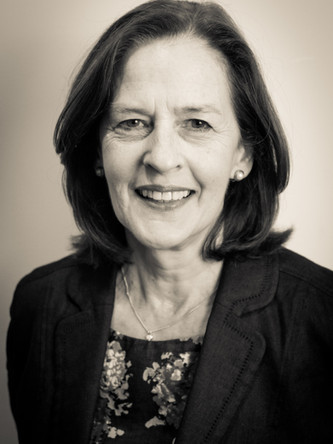 Helen Morement is the founder and CEO of AMMF, the UK charity dedicated solely to cholangiocarcinoma.  She is an Executive Committee member of Cholangiocarcinoma-UK, a Co-Chair of the Global Cholangiocarcinoma Alliance, a member of IBTCC (International Biliary Tract Cancers Collaborators group), and actively collaborates with ENS-CCA (the European Network for the Study of Cholangiocarcinoma).  Helen also reviews clinical trials and patient guidelines information for both UK and international organisations.