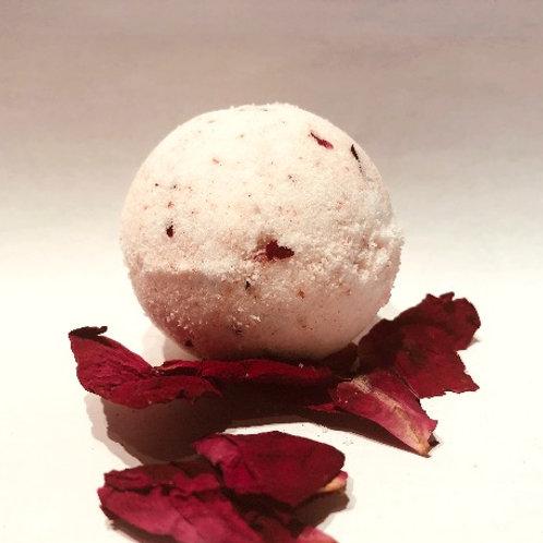 Bombe de bain à la rose