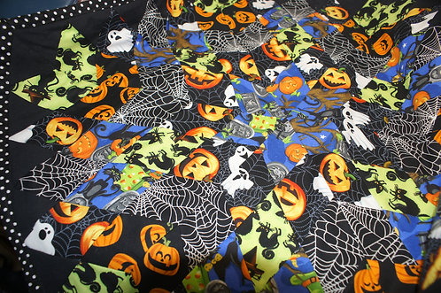 Halloween Quilted Table Top Cover