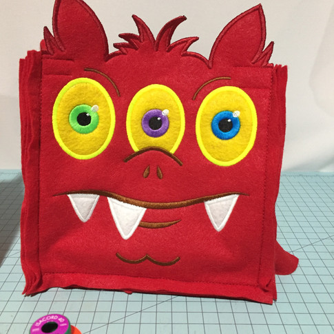 3 Eyes Treat Bag