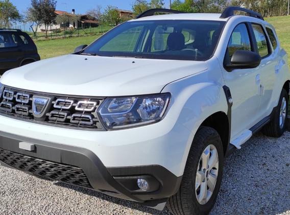 Dacia duster bianco