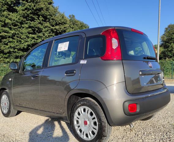 Flamini Auto Bracciano Fiat Panda Hybrid grigio metallizzato prezzo