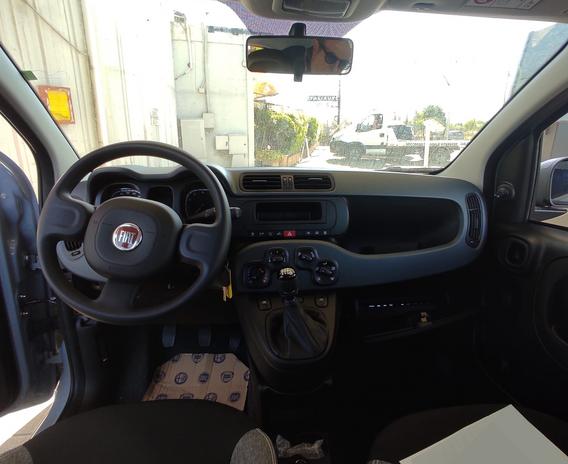 Fiat Panda Hybrid interni