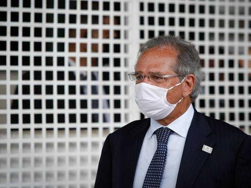 Vacinação em massa contra a Covid-19 vai garantir retomada da economia, diz Guedes