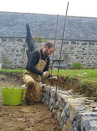 building low garden retaining wall