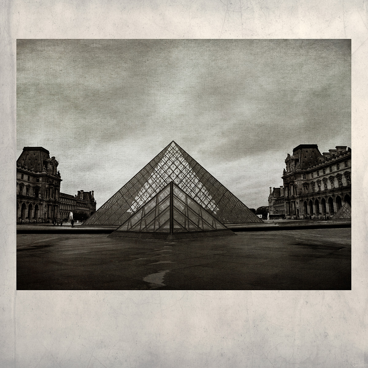 Louvre Pyramid No6A