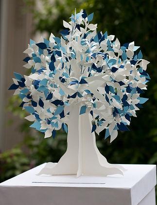 Urne boîte cadeaux mariage arbre feuilles papier découpé