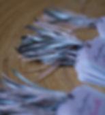 Marque-place dîner baptême mariage étiquette découpée rubans satin