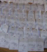 Marque-place dîner mariage étiquette découpée dentelle rétro shabby chic ruban satin