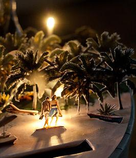 Urne boîte cadeaux mariage décor découpé éclairé île paradisiaque