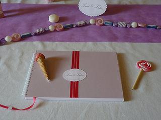 Livre d'or, mariage, souvenirs, spirales, ruban, étiquette personnalisée, gourmandise