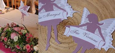 Marque-table dîner de mariage étiquette découpée à piquer fée silhouette