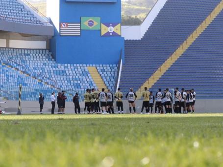 Oeste Barueri busca a primeira vitória na Série B do Campeonato Brasileiro
