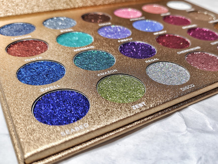 Jolie Beauty: Glitter Goals