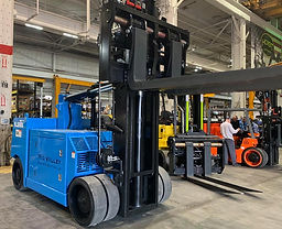 Mid-Valley-rigging-and-Crating-Forklift-