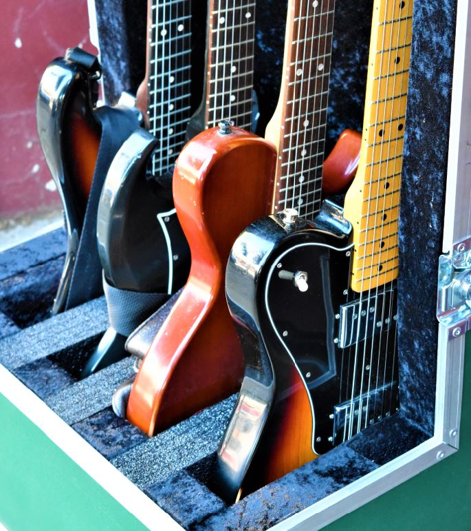 Multi-Guitar Case 2