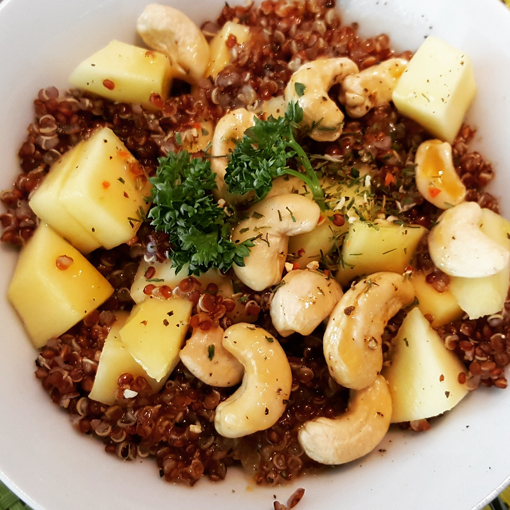Ernährungsberatung, Ernährungstherapie und Fitnessberatung in Lyss, Fabienne Kobi, Quinoa-Salat