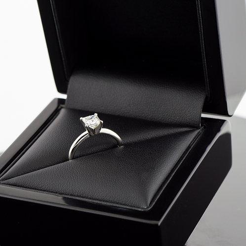 Palladium 3/8ct princess cut diamond
