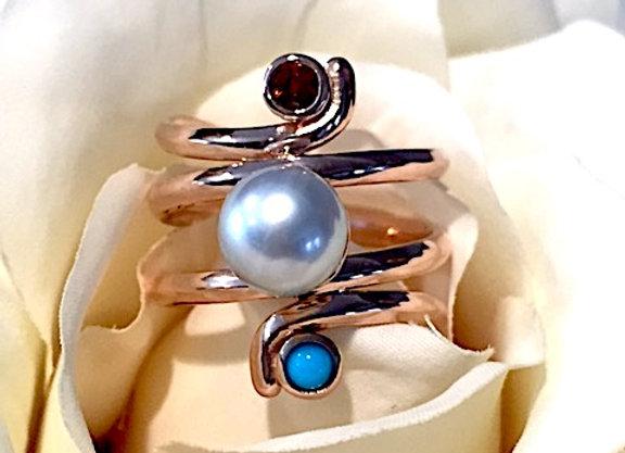 Mom Pearl Ring