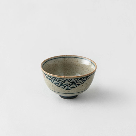 Traditional Cup Wave (Medium)