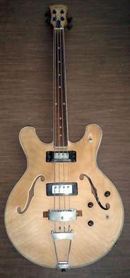 Ibanez Fretless Bass