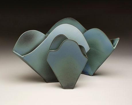 three_mountain_vases.jpg