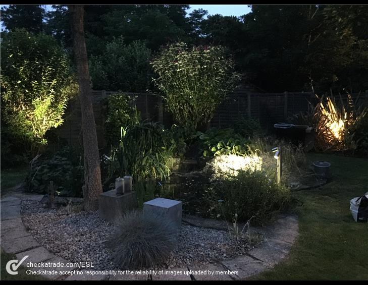 outdoor-lights-pond.jpg