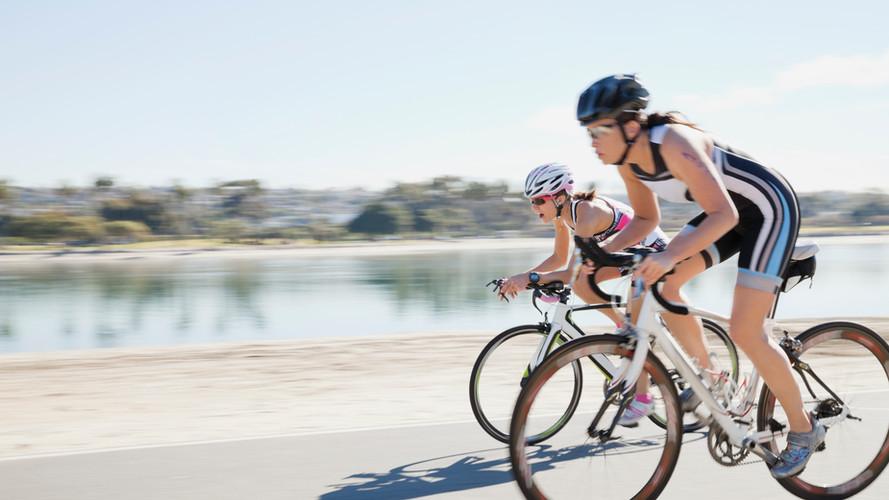 Donne ciclismo su strada