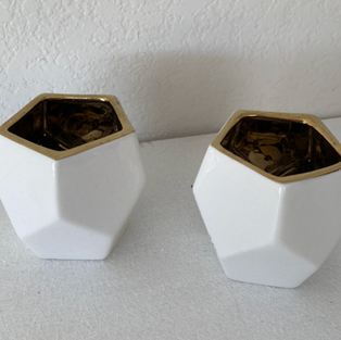 White w/ Gold Rim Votives
