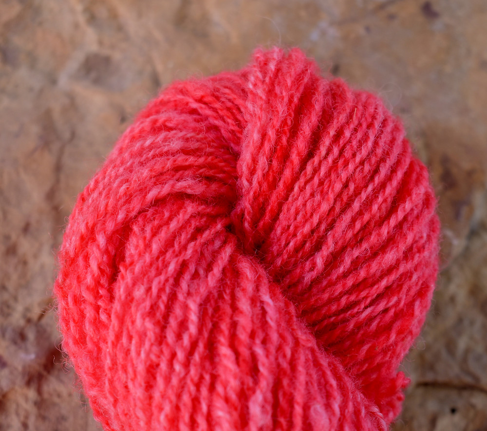 Wheely Wooly Farm Poppy's Country Apple Red